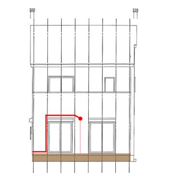 実際は、このようにエアコンの穴がシャッターボックスより低くなるため、窓を避けるには配管が上向きになります。これでは、水抜きの勾配が付けられません。  このような場合、水抜き用のドレンホースだけを下ろす方法があります。ただし、エアコンのウォールコーナーに配管用の穴をあける加工工事が必要となります。今回の担当者は、この加工をしたことがないので、美しく施工できる自信がなかったようです。