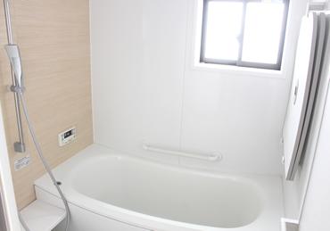 わが家のバスルームは、『TOTOのサザナ』1坪風呂(1616サイズ)。