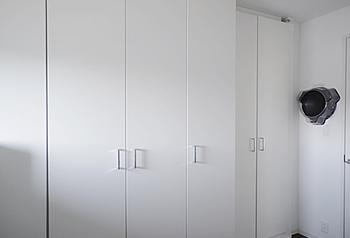 長男の部屋より収納が多い分、壁面は少なくなりました。